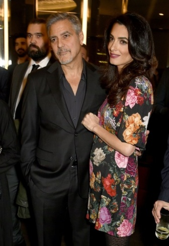 amal-clooney-baby-bump-pregnant-flower-dress-02468113-inarticlelarge
