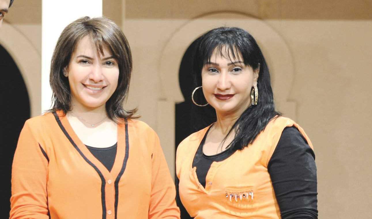 صورة سحر حسين وشقيقتها هدى في الطفولة كلام الناس