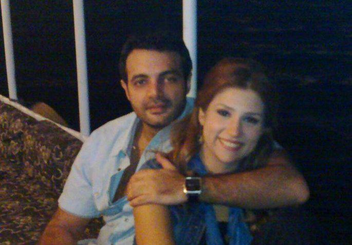 بالصور تعرف على زوجة عمرو محمود ياسين كلام الناس